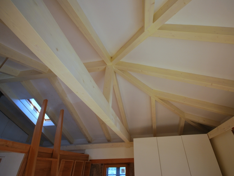 O sisto santiago aestudio arquitectos coru a - Estructura tejado madera ...